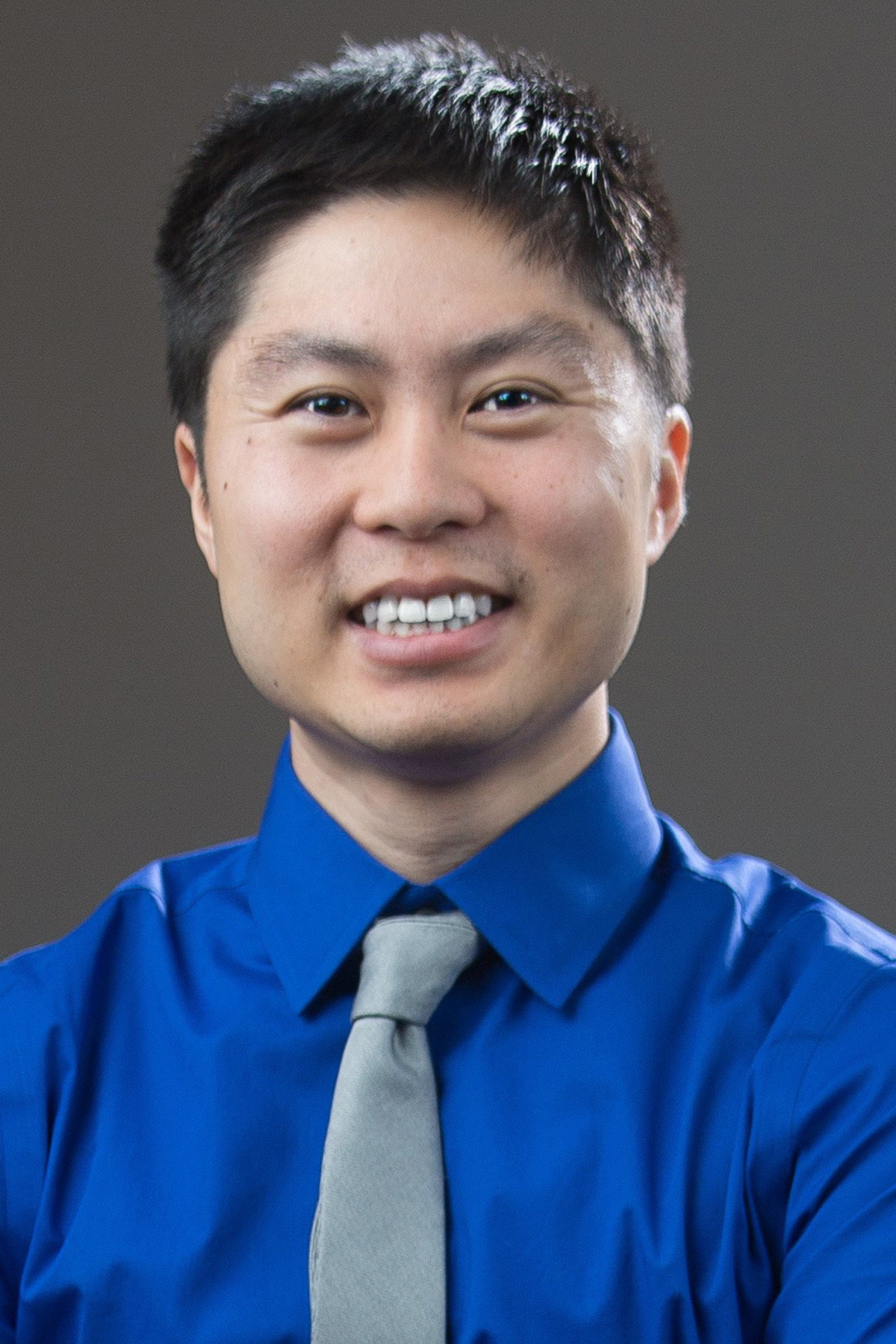 Dr. Eric Chow, Internist